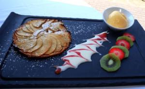 apple cake dessert